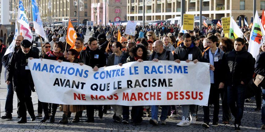 ACTION DE LUTTE CONTRE LE RACISME : LES ASSOCIATIONS DIONYSIENNES S'ENGAGENT ET AGISSENT… Je suis solidaire et signataire de cette démarche..