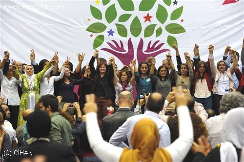"""TURQUIE : """"STOP A LA DICTATURE PLACE A LA DÉMOCRATIE"""". MEMBRE DU MRAP JE RELAIE CETTE LUTTE…."""