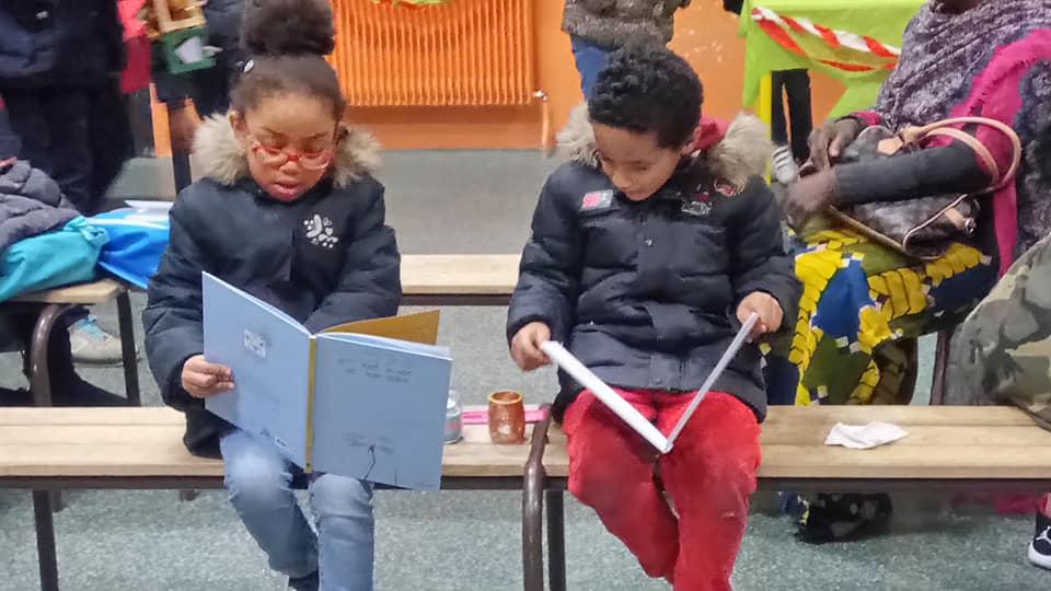 [# Le livre, la culture, sont les ciments d'une société que l'on offre aux générations futures… Remise de plus de 14 000 livres dans les établissements maternelles et élémentaires afin..Bally BAGAYOKO]