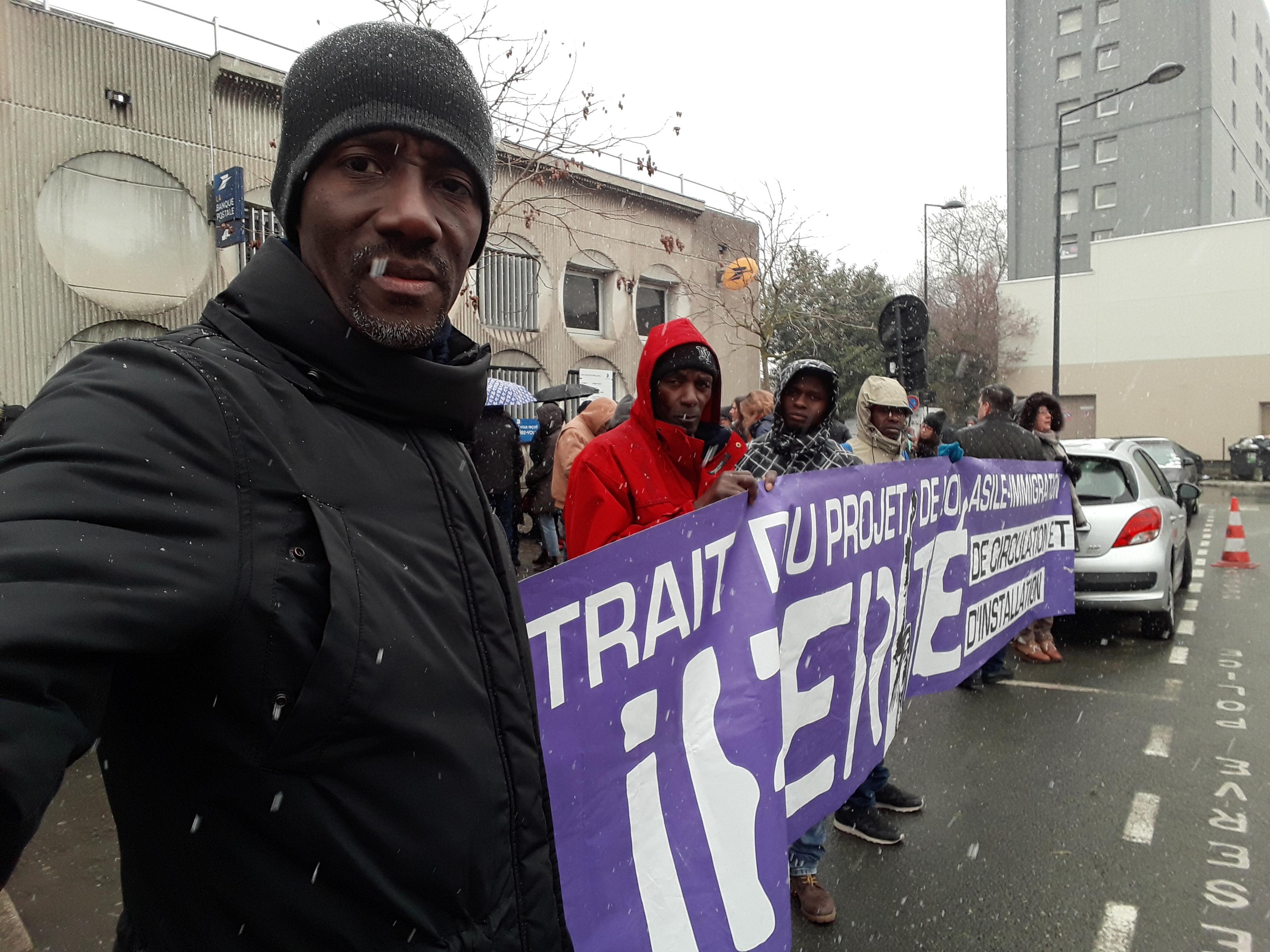 [#Occupation solidaire de la Basilique de Saint-Denis par les sans-papiers et leurs soutiens. Solidaire de cette démarche. Bally BAGAYOKO]