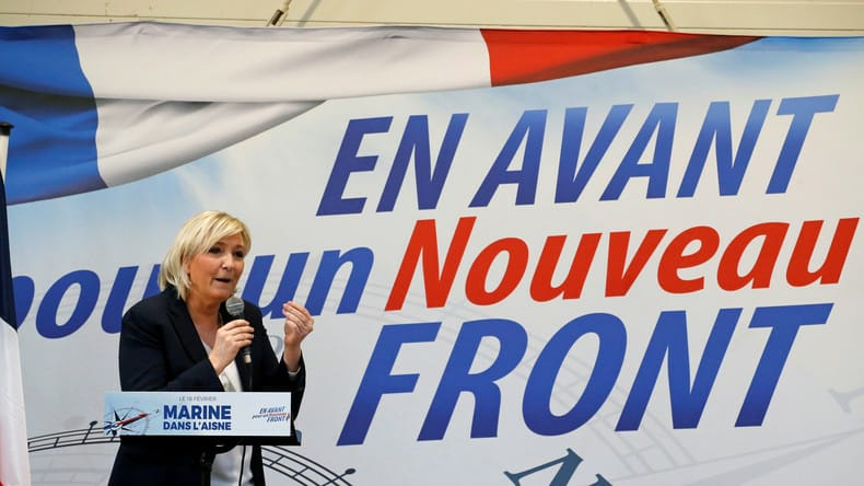 [#Stop au Front National , Stop Stop au Rassemblement National nouvelle dénomination du FN, Stop à l'idéologie raciste , fasciste et de division. Bally BAGAYOKO]