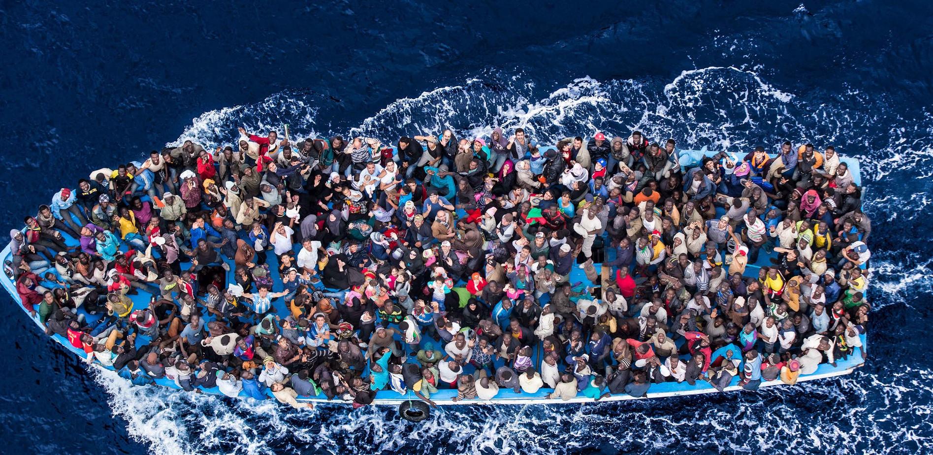 [#Accueil des migrants : le Serment du 104. Une démarche que je salue et soutien afin de revenir à des fondamentaux humanistes, dans un monde en perdition, où la valeur humaine n'a plus de sens. Signons massivement. Bally BAGAYOKO]