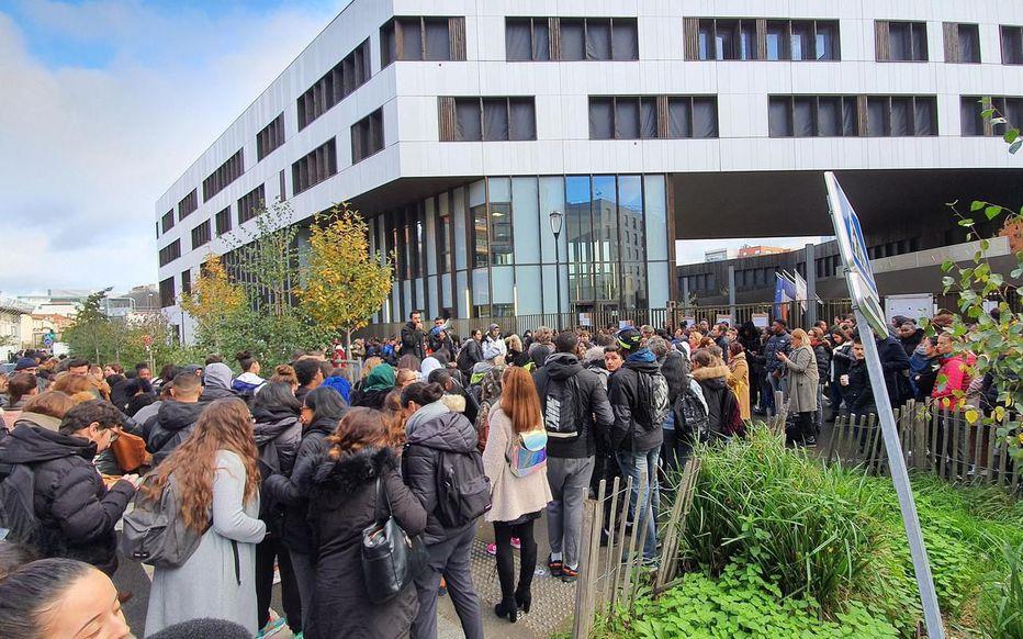 Education : Solidarité avec les enseignants Angelas Devis Saint-Denis !